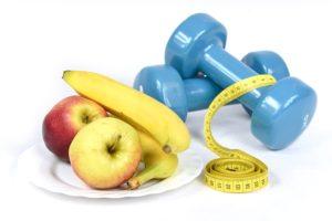 フルーツと健康器具
