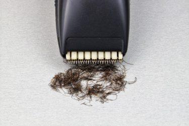 髭剃り後にニキビができる原因と対処法とは?